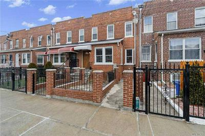 949 E 221ST ST, BRONX, NY 10469 - Photo 1