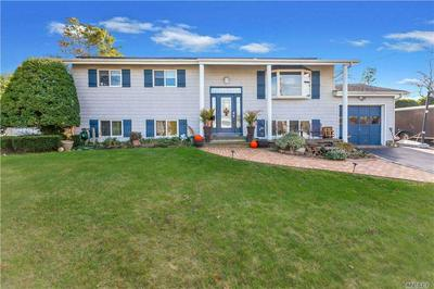 28 CLEARVIEW DR, Wheatley Heights, NY 11798 - Photo 1