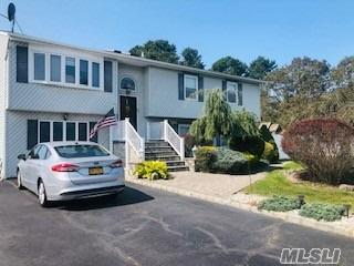 36 FROST VALLEY DR, E. Patchogue, NY 11772 - Photo 1