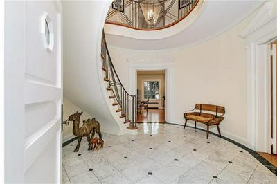 73 INVERNESS RD, SCARSDALE, NY 10583 - Photo 2