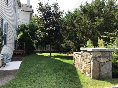 582 PELHAM RD # B, New Rochelle, NY 10805 - Photo 2
