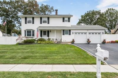 5 CORONADO RD, Holbrook, NY 11741 - Photo 1
