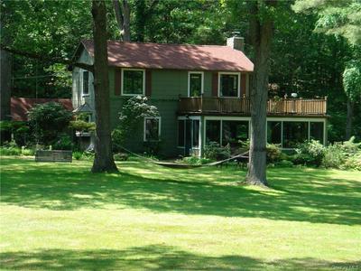301 GREEN BRIAR, Somers, NY 10589 - Photo 2