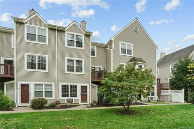 11 STONE CREEK LN, Briarcliff Manor, NY 10510 - Photo 2