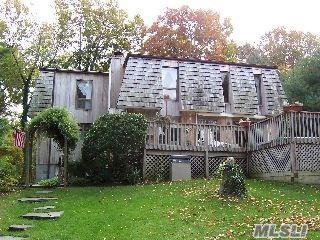 88 SANDY CT, Riverhead, NY 11901 - Photo 1