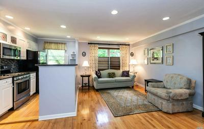 14 EDWARDS ST APT 1B, Roslyn Heights, NY 11577 - Photo 1