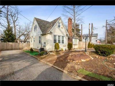141 NICOLLS RD, Wheatley Heights, NY 11798 - Photo 1