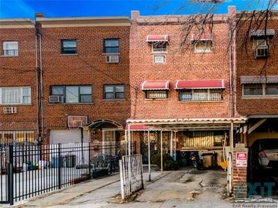 421 OLMSTEAD AVE, BRONX, NY 10473 - Photo 1