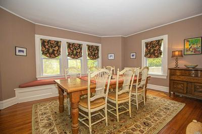 299 WINDSOR AVE, Brightwaters, NY 11718 - Photo 2