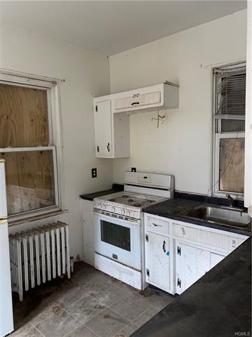 185 PELHAM RD, NEW ROCHELLE, NY 10805 - Photo 2
