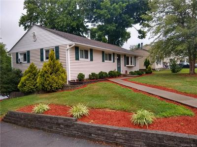 5 HILLCREST DR, Wallkill Town, NY 10940 - Photo 2