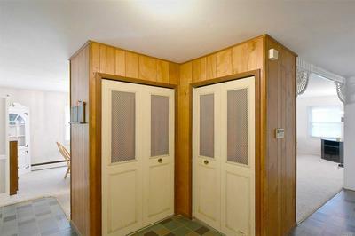 26 BARKER DR, Stony Brook, NY 11790 - Photo 2