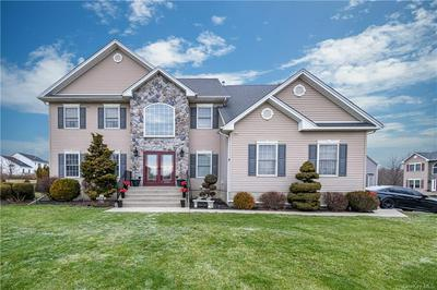 3002 MOLLY PITCHER DR, New Windsor, NY 12553 - Photo 2