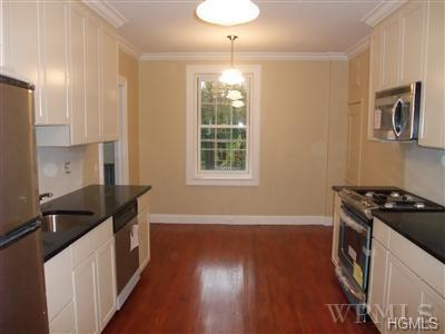 9 ALDEN PL APT 3C, BRONXVILLE, NY 10708 - Photo 2