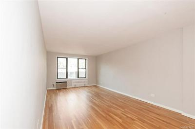 6495 BROADWAY APT 4L, BRONX, NY 10471 - Photo 2