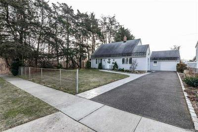 144 CORNFLOWER RD, Levittown, NY 11756 - Photo 1