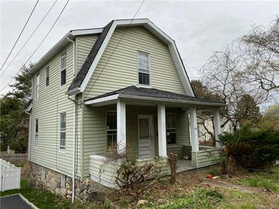 561 MANHATTAN AVE, Mount Pleasant, NY 10594 - Photo 1