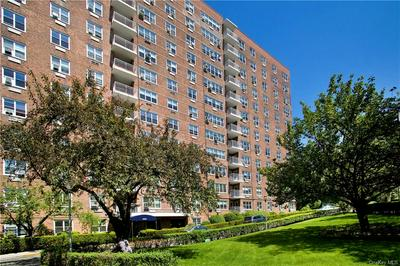 3935 BLACKSTONE AVE APT 7H, Bronx, NY 10471 - Photo 2