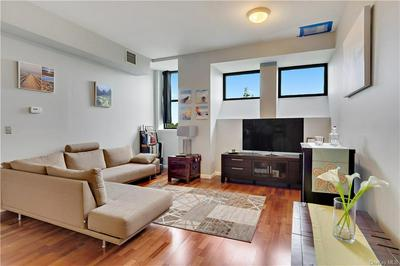 55 MCKINLEY AVE APT D3-11, White Plains, NY 10606 - Photo 2