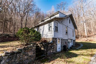 1025 PEEKSKILL HOLLOW RD, Putnam Valley, NY 10579 - Photo 2