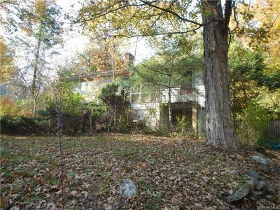 197 OSCAWANA LAKE RD, Putnam Valley, NY 10579 - Photo 1