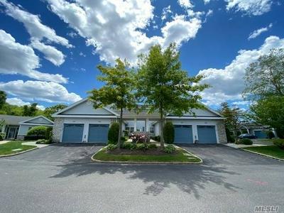 502 OAK BLUFF CT, Moriches, NY 11955 - Photo 1