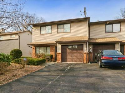 547 BARBERRY LN, New Windsor, NY 12553 - Photo 1