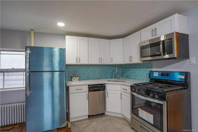 255 UNDERHILL AVE, BRONX, NY 10473 - Photo 2
