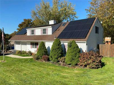 11 SOMERS LN, Farmingville, NY 11738 - Photo 1