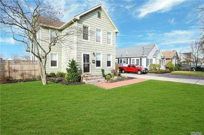20 WASHINGTON AVE, Patchogue, NY 11772 - Photo 2