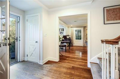 2 TAUNTON RD, Scarsdale, NY 10583 - Photo 2