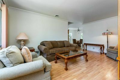 644 GREENMAN CT, Seaford, NY 11783 - Photo 2