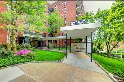 2550 INDEPENDENCE AVE APT 3T, Bronx, NY 10463 - Photo 1