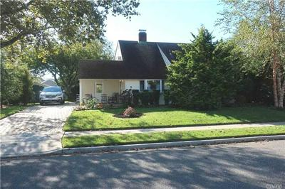 61 WEAVING LN, Wantagh, NY 11793 - Photo 1