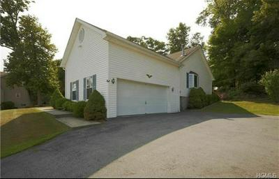 20 VALLEY CT, Warwick Town, NY 10921 - Photo 2