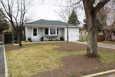 32 LAURIN RD, Calverton, NY 11933 - Photo 2