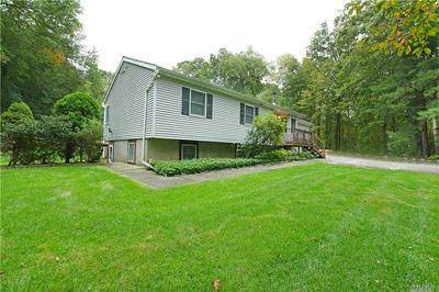 53 MEDFORD RD, Ridge, NY 11961 - Photo 2
