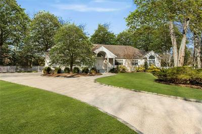3 OLD FIELDS LN, Quogue, NY 11959 - Photo 2