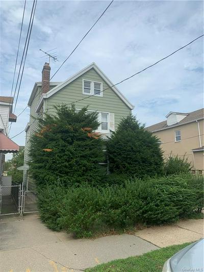2563 FENTON AVE, BRONX, NY 10469 - Photo 2