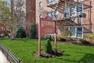 279 N BROADWAY APT 7T, Yonkers, NY 10701 - Photo 2