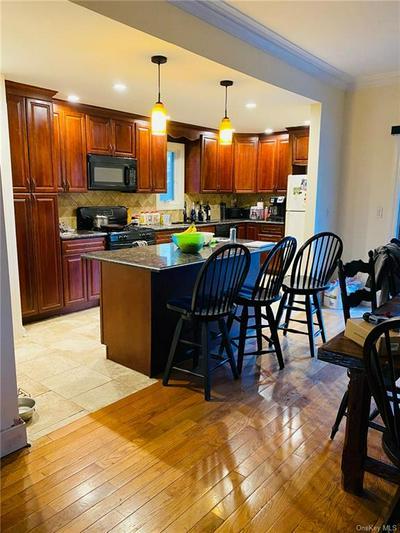 820 EDISON AVE, Bronx, NY 10465 - Photo 1