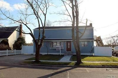 129 THOMAS AVE, Bethpage, NY 11714 - Photo 2