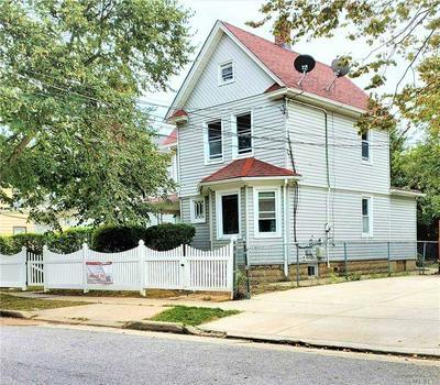 32 DORLON ST, Hempstead, NY 11550 - Photo 1