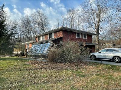 5 KIRCHNER LN, Middletown, NY 10940 - Photo 2