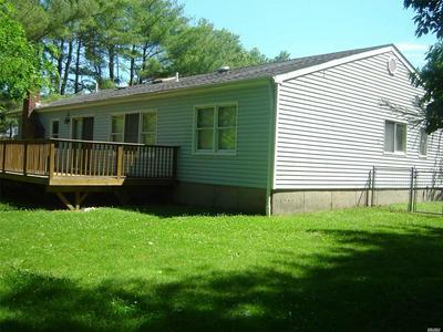 8 ELEANORS CV, Lake Grove, NY 11755 - Photo 2