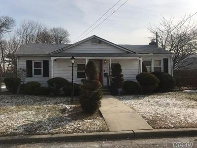 1020 CENTRAL AVE, South Hempstead, NY 11550 - Photo 1