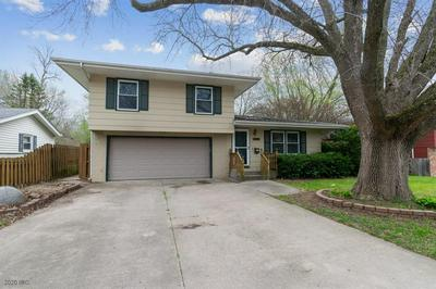 1802 EDGEBROOK DR, Marshalltown, IA 50158 - Photo 2