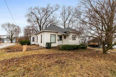 1011 EVELYN ST, PERRY, IA 50220 - Photo 1