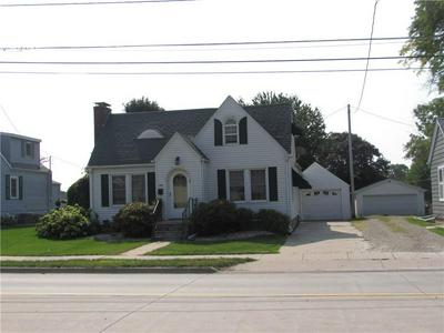 1318 W PLEASANT ST, Knoxville, IA 50138 - Photo 2