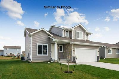 526 17TH SE STREET, ALTOONA, IA 50009 - Photo 2